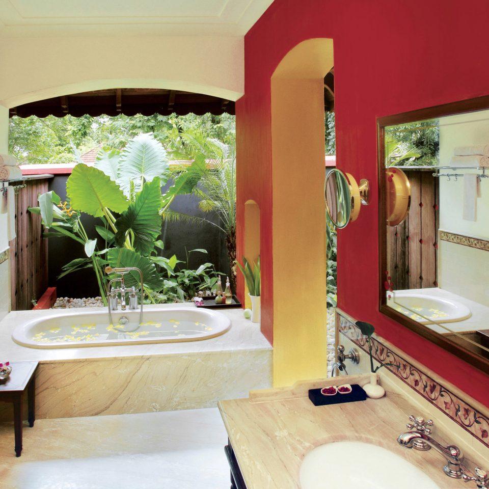 Bath Island Luxury Romantic property Villa home Resort Suite living room cottage mansion hacienda