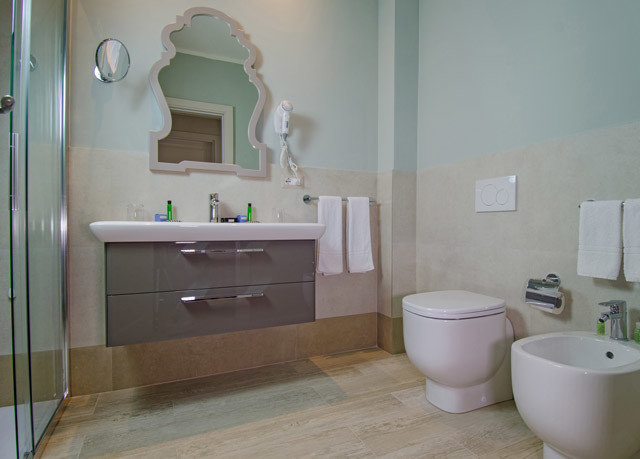 bathroom sink property house home toilet flooring cottage plumbing fixture Kitchen bidet tub Bath bathtub