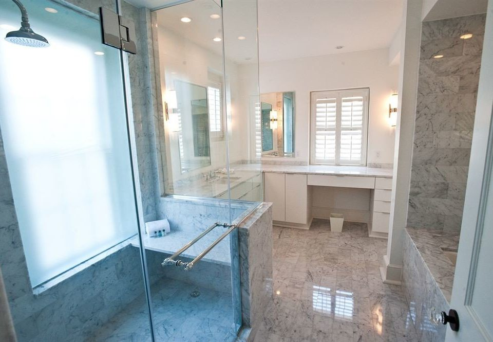 bathroom property building house home Kitchen flooring cottage tub tiled tile stone Bath bathtub