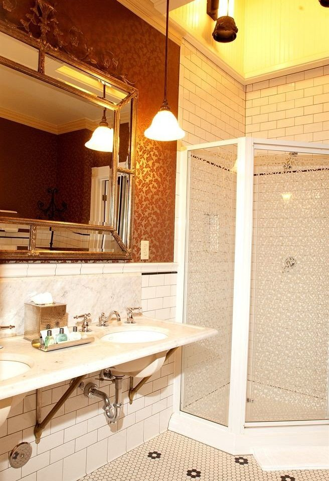 Bath Resort bathroom sink property countertop home Kitchen lighting cottage flooring plumbing fixture farmhouse counter tile