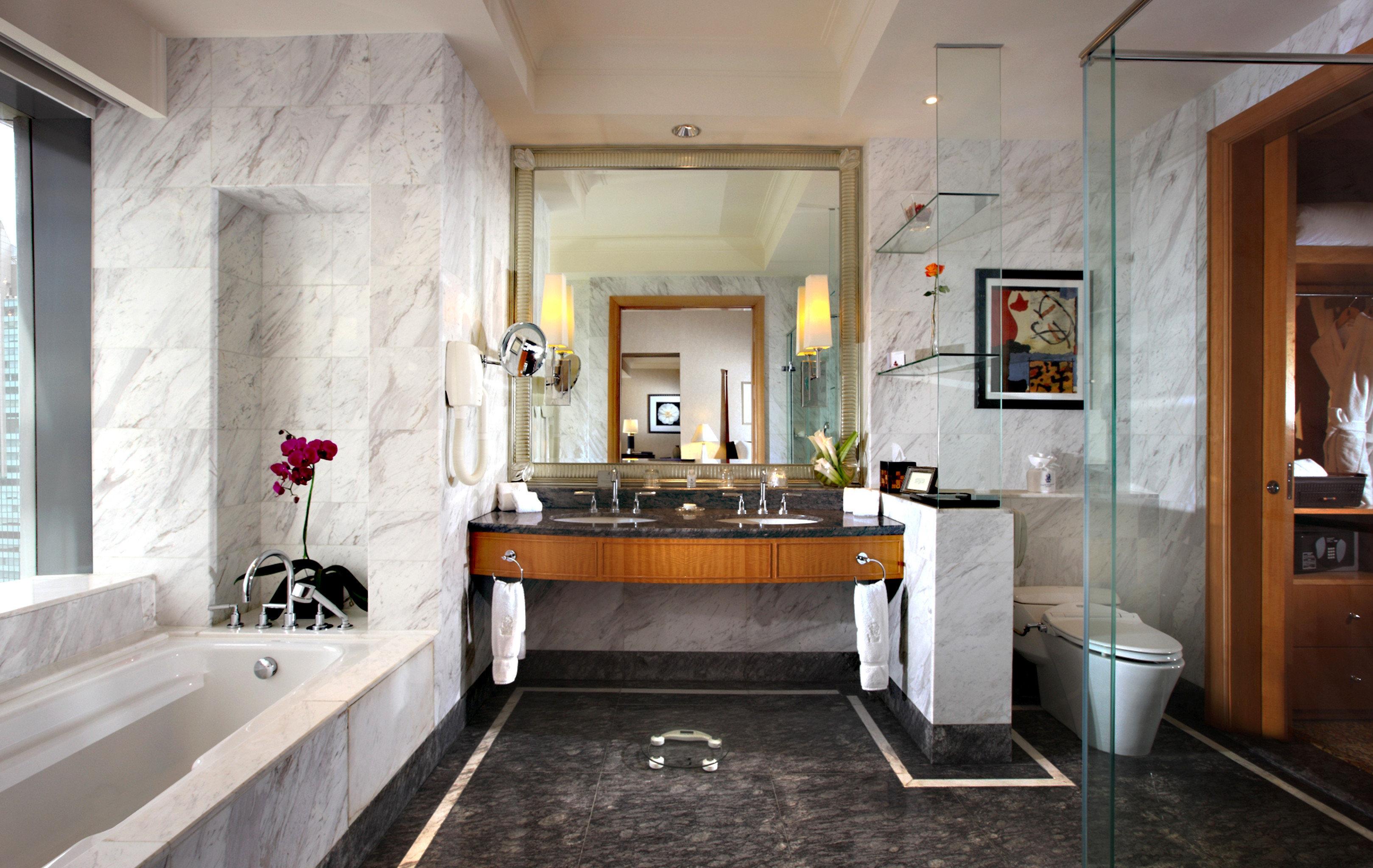 Bath property bathroom home cottage Suite mansion countertop Kitchen farmhouse cabinetry stone