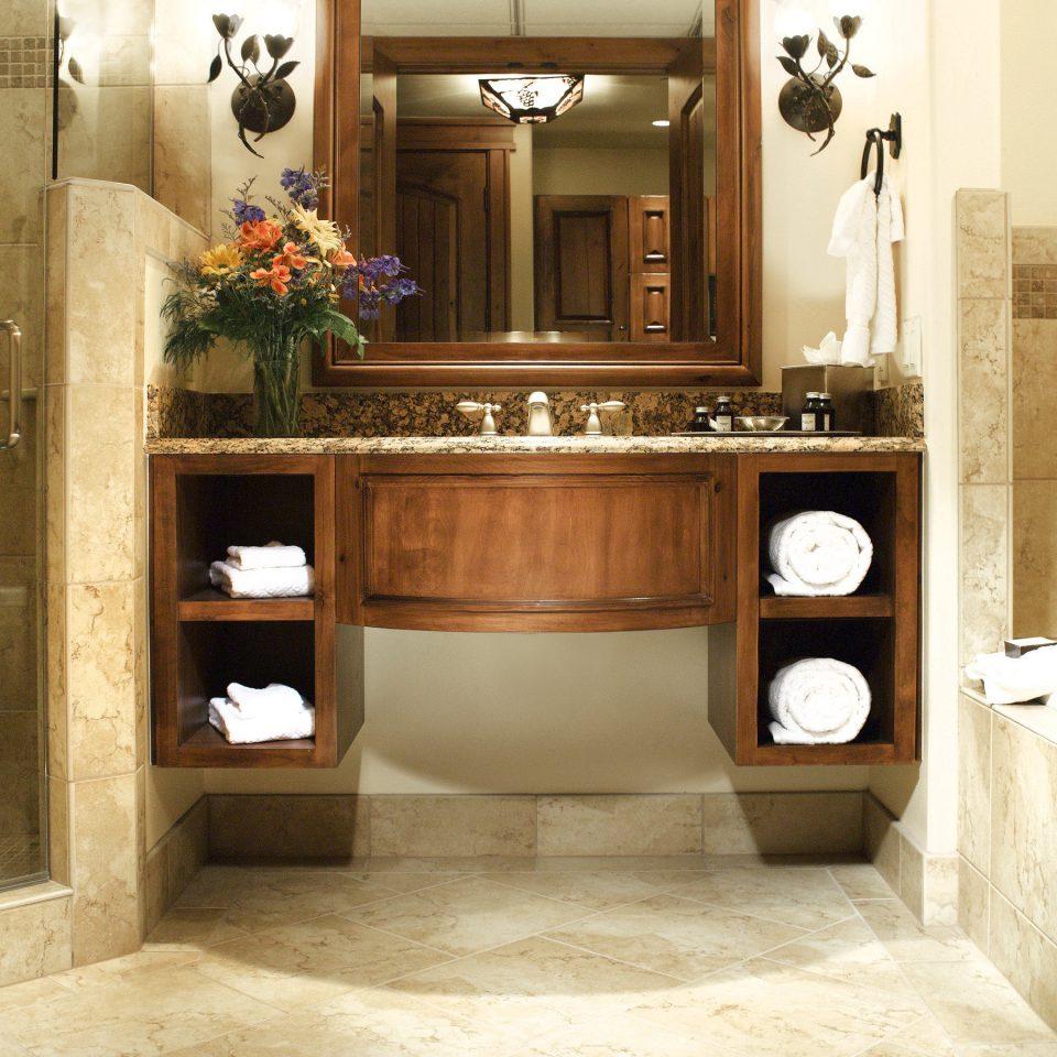 Bath Lodge cabinetry home bathroom flooring hall living room