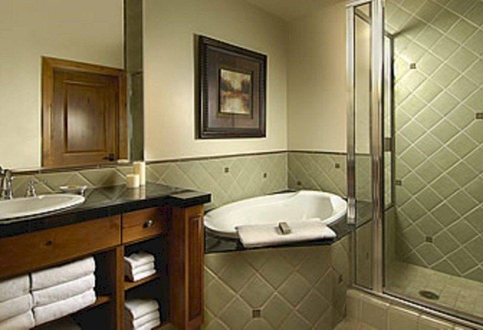 Bath Lodge bathroom property Suite sink home cottage tiled tan