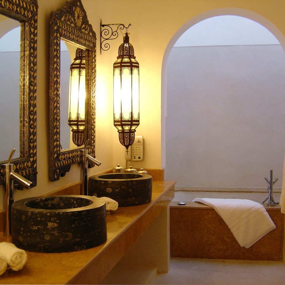 Bath Lounge Luxury property house arch home bathroom Suite