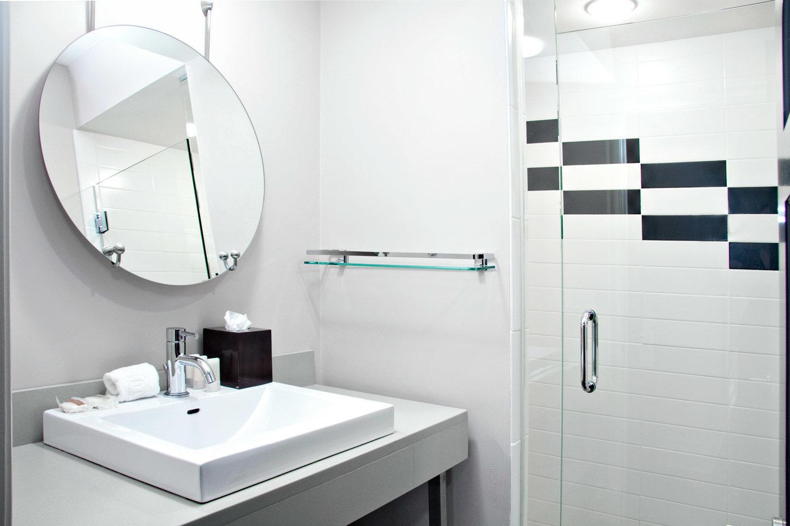 Bath Luxury bathroom toilet plumbing fixture bidet white sink bathroom cabinet flooring