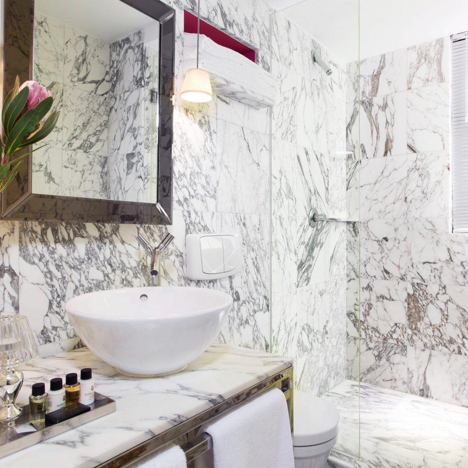 Bath Luxury Modern bathroom home plumbing fixture flooring dirty