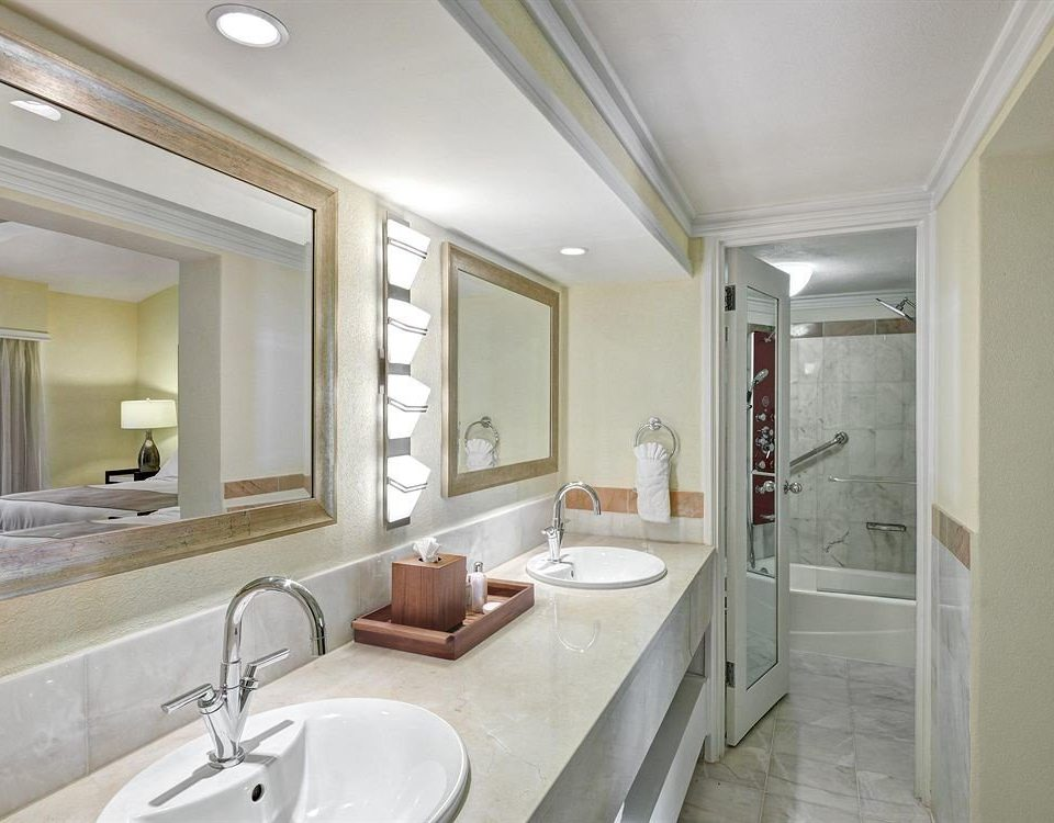 Bath Luxury bathroom mirror sink property home double toilet condominium Suite long daylighting