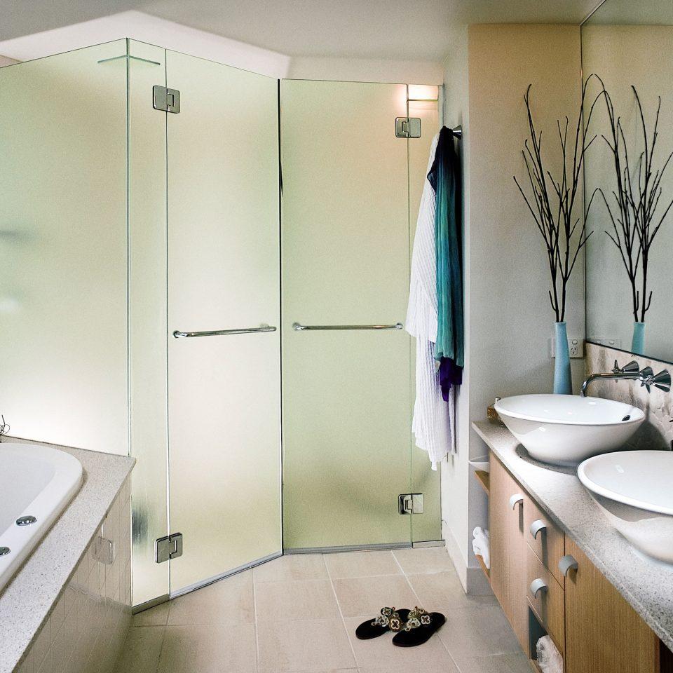 Bath Modern Resort bathroom sink toilet mirror property plumbing fixture Suite