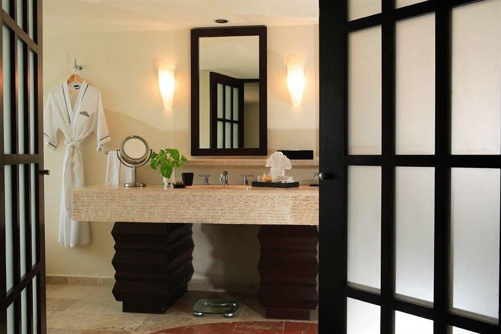 Bath Modern Resort Waterfront property building home hardwood living room cottage cabinetry flooring