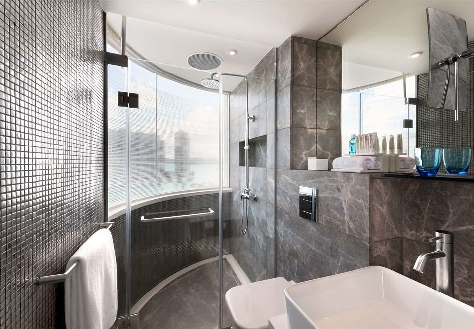 bathroom property shower sink home Suite swimming pool public toilet Modern tub plumbing fixture Bath bathtub