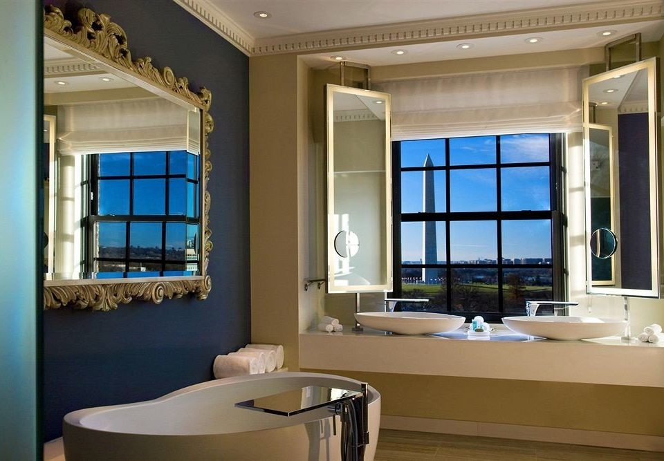 bathroom property sink living room home condominium daylighting Suite tub Modern Bath bathtub