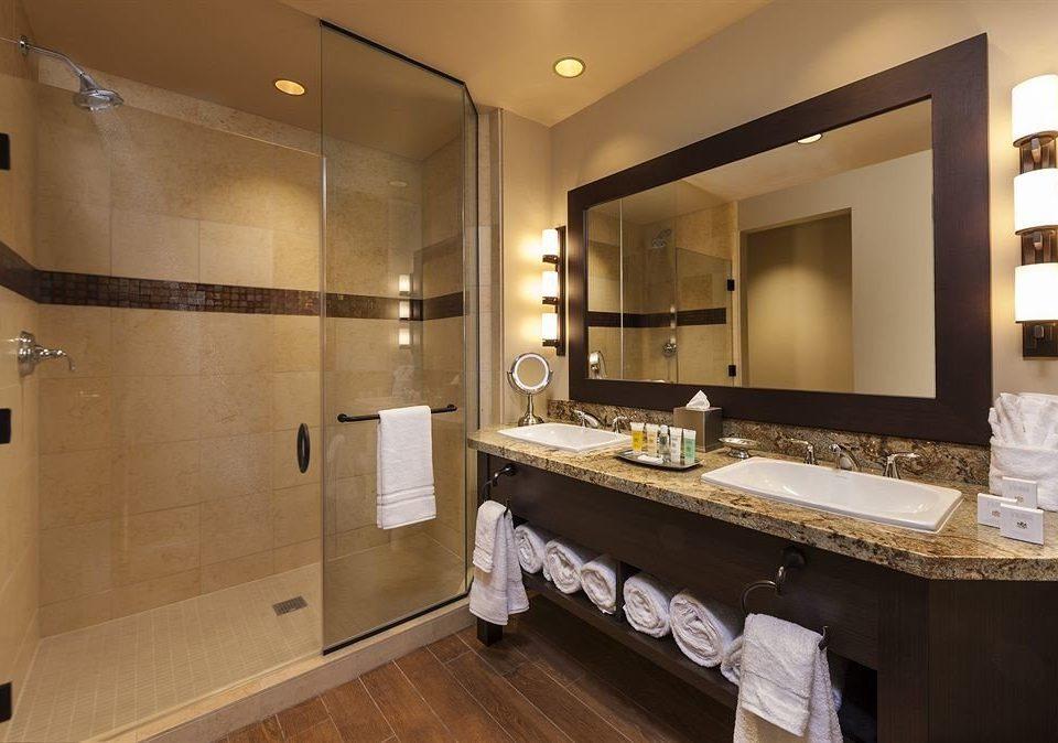 bathroom mirror sink property towel home cabinetry Suite cottage vanity clean Modern Bath