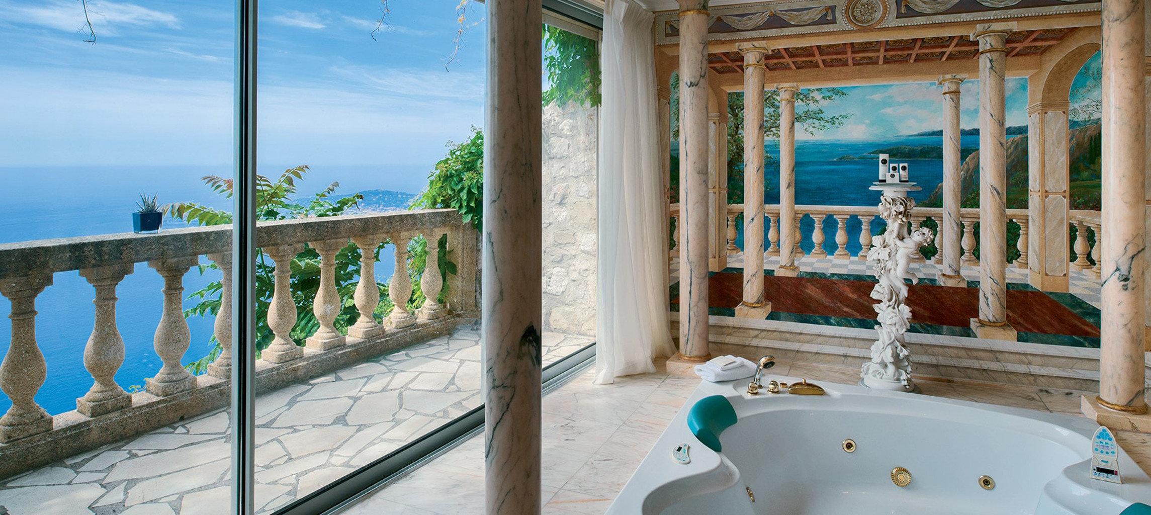 blue property house Resort swimming pool home mansion Villa cottage tub Bath