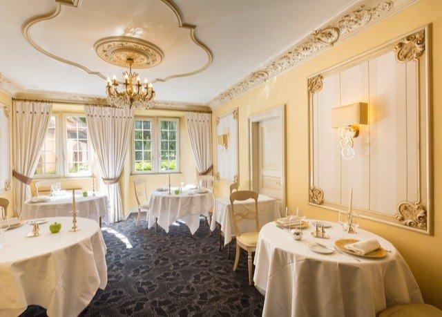 bathroom function hall Suite mansion ballroom restaurant tub fancy bathtub Bath
