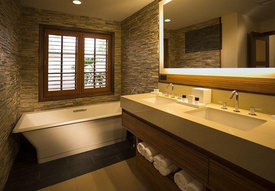 bathroom mirror sink property home Suite double vanity bathtub tile tub tiled Bath