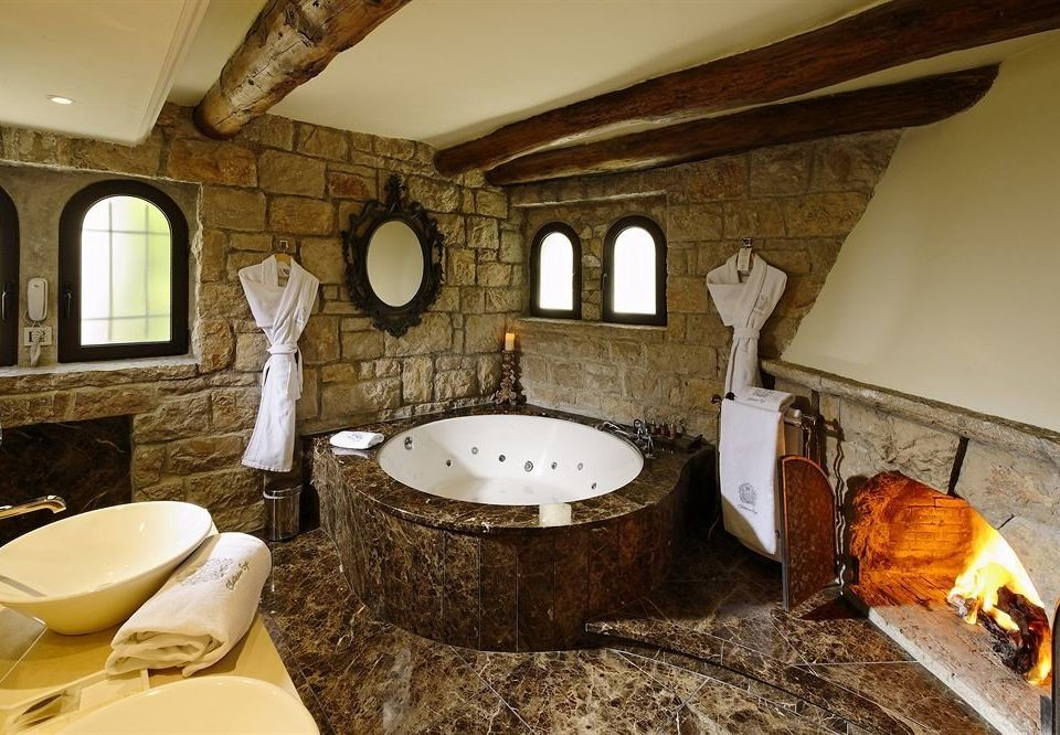 bathroom man made object property sink home cottage Suite mansion tub Bath bathtub