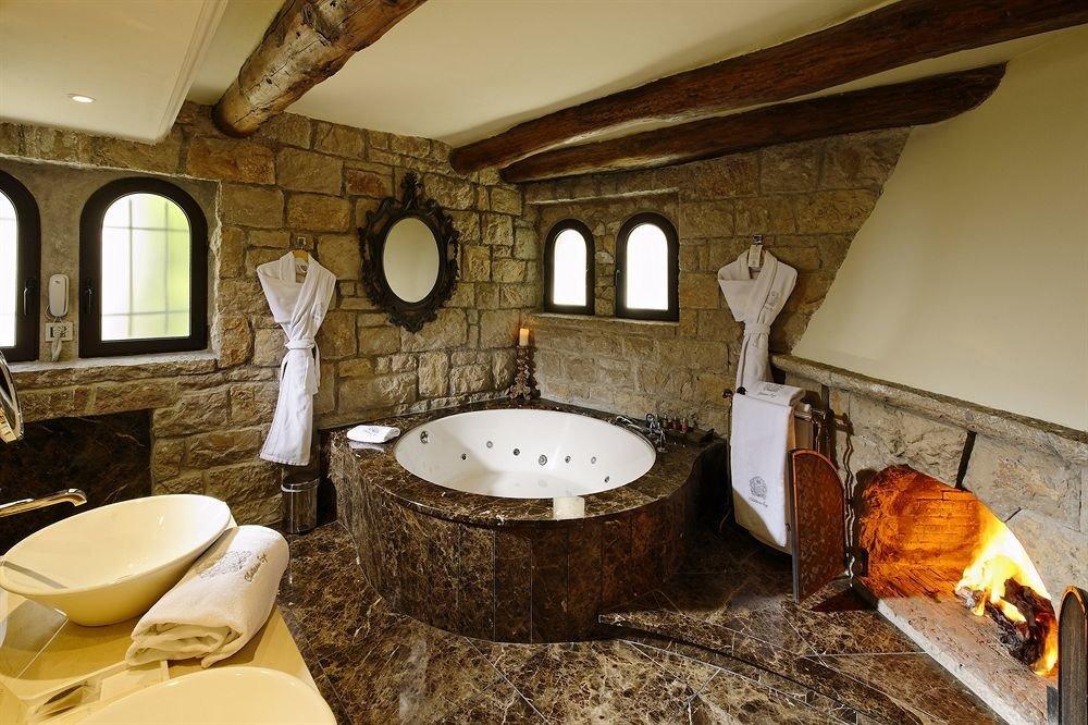 bathroom man made object property sink home cottage Suite mansion tub Bath bathtub