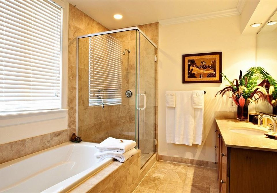 property Suite home bathroom cottage tub bathtub Bath