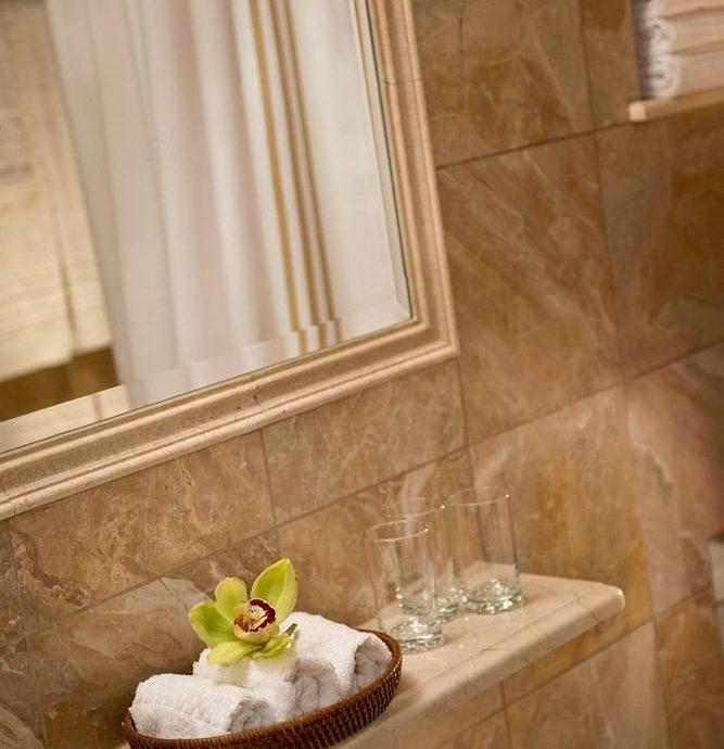 bathroom sink flooring home plumbing fixture Suite tile Bath bathtub tan