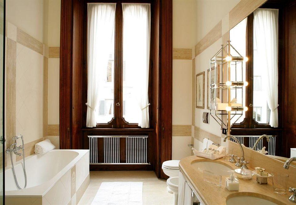 bathroom property sink home Suite cottage curtain tub bathtub Bath