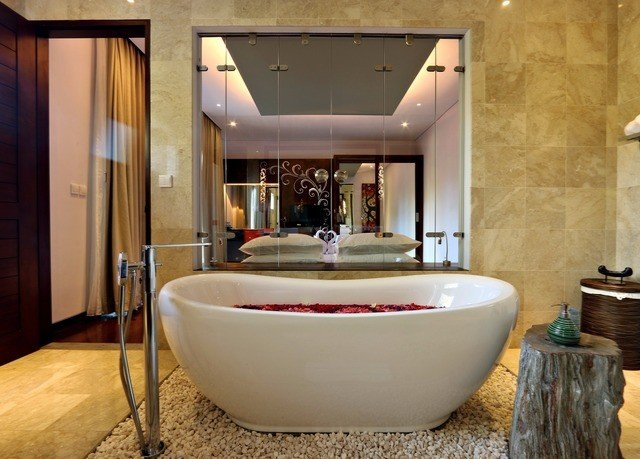 bathroom bathtub Suite flooring interior designer Bath