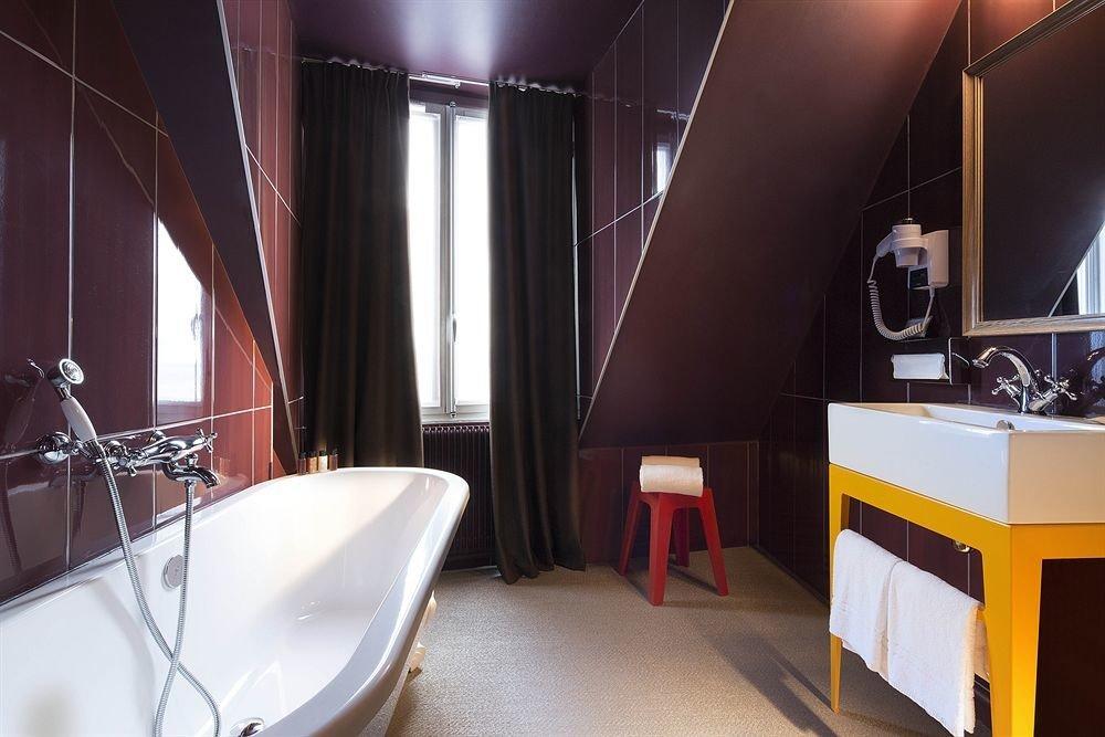 bathroom Suite restaurant tub tiled bathtub tile Bath