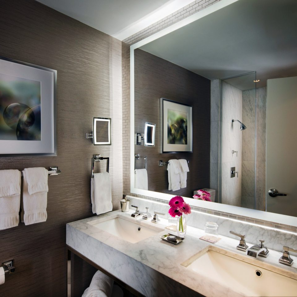 bathroom mirror sink property home vanity living room Suite double condominium cottage towel clean Bath tan