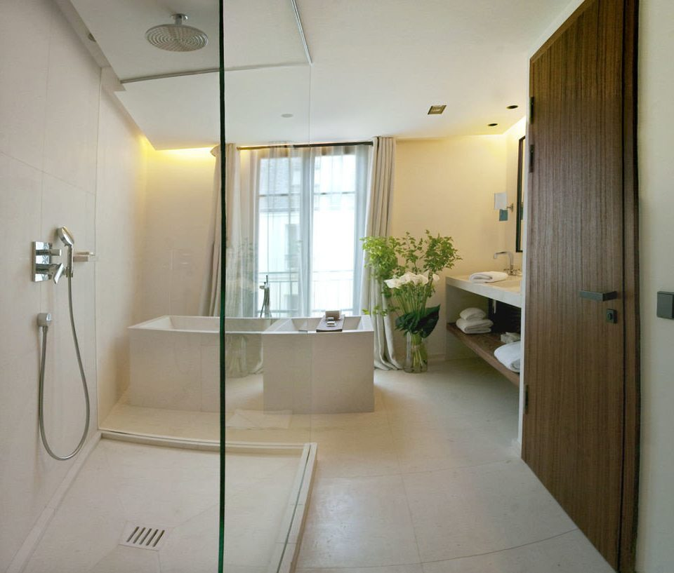 property bathroom house home condominium Suite Bath