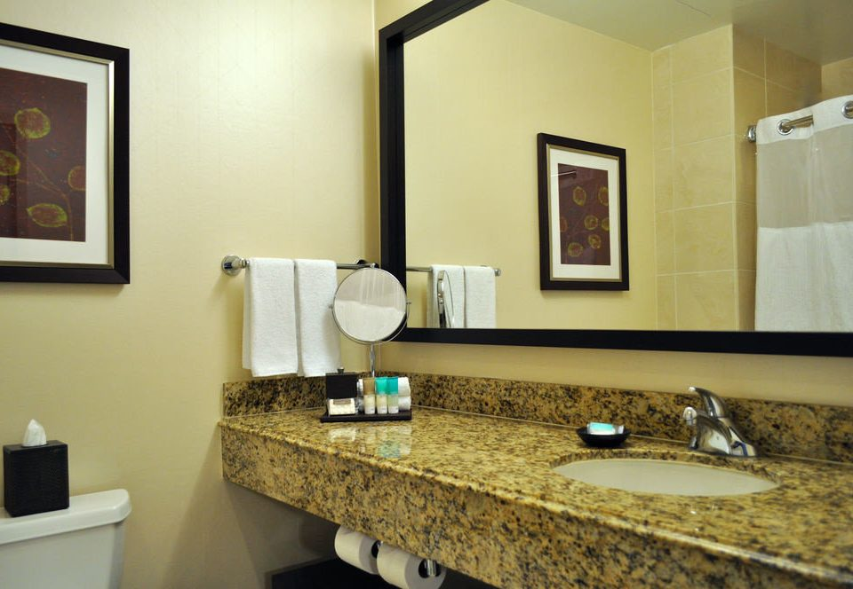 bathroom sink mirror property home cottage countertop living room Suite Bath