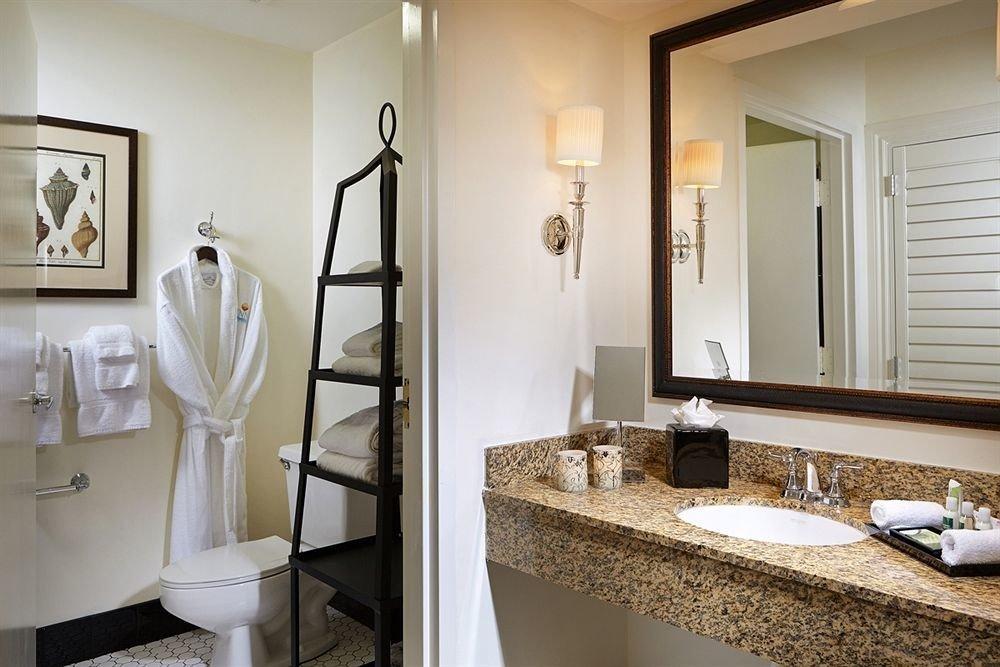 Bath bathroom mirror sink property home Suite cottage towel