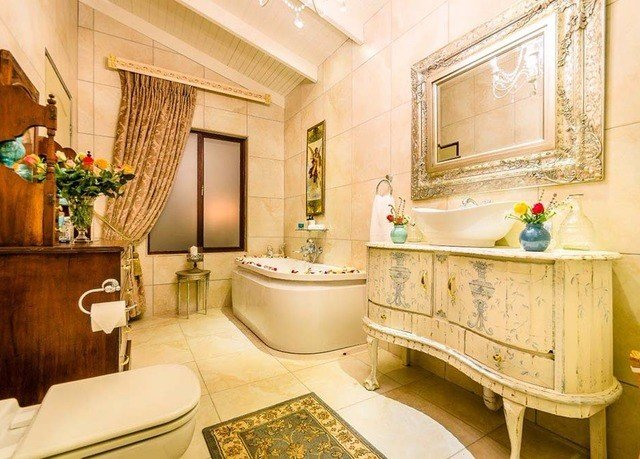 property bathroom Suite home mansion cottage living room Bath