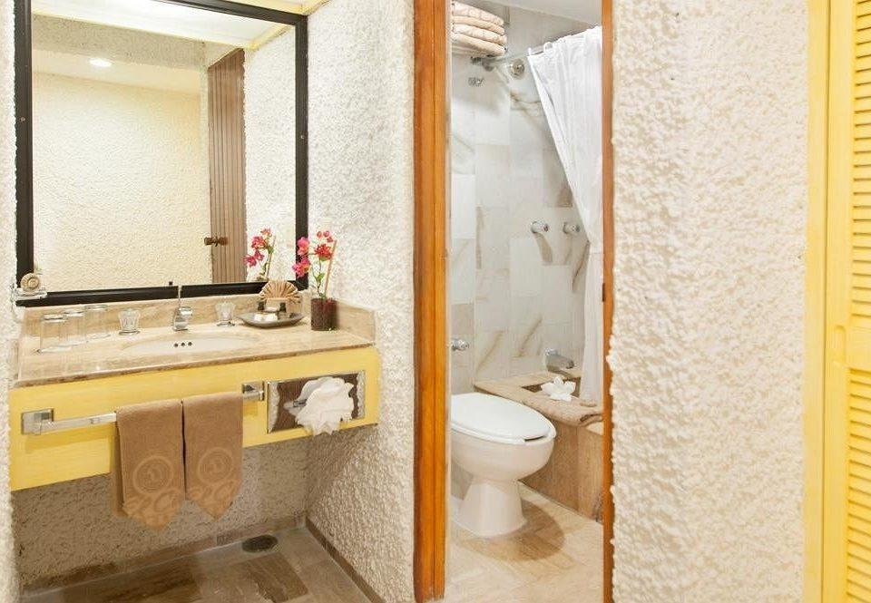 bathroom toilet sink property Suite home flooring plumbing fixture Bath