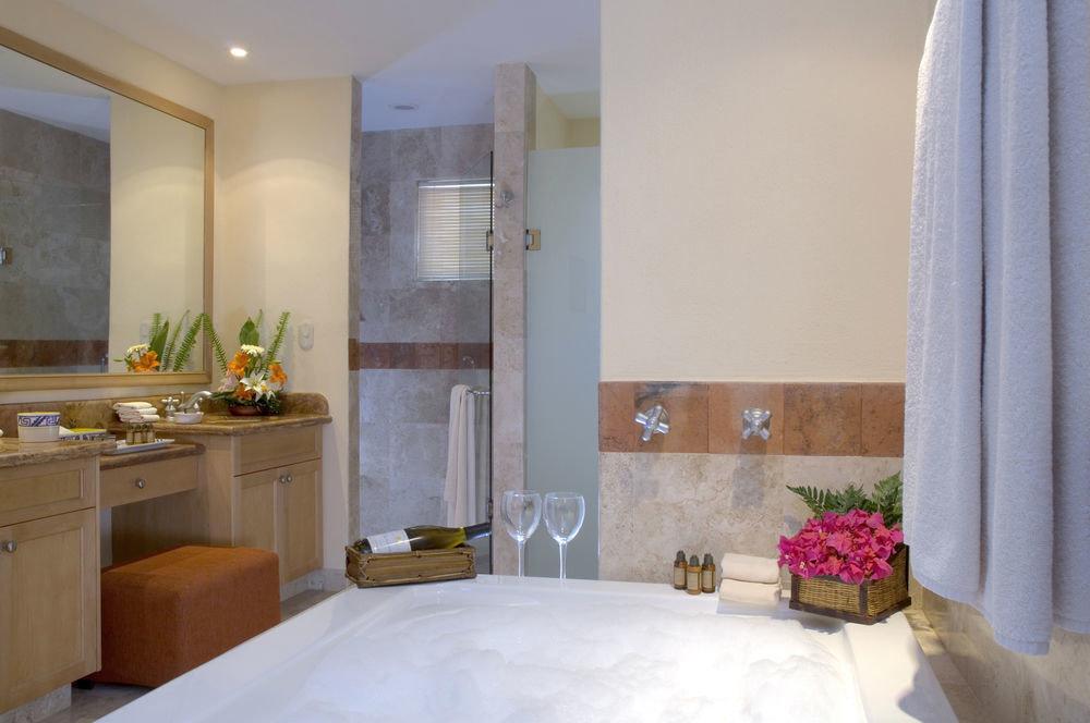property Suite home cottage bathroom Villa Bath