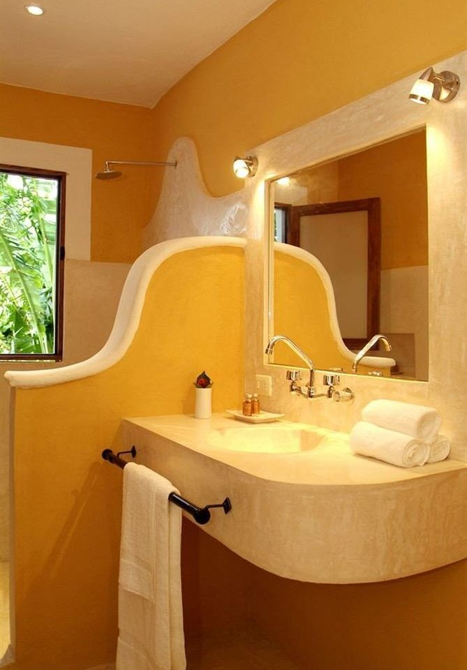 bathroom property yellow sink Suite home swimming pool cottage bathtub Villa tub Bath
