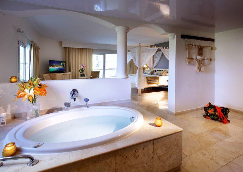 bathroom sink property swimming pool house home tub Suite Bath counter Villa bathtub tile