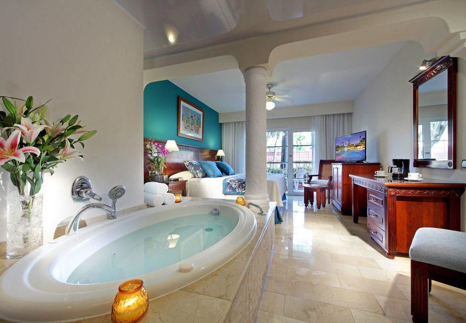 property sink Suite home Villa swimming pool living room mansion cottage tub Bath bathtub