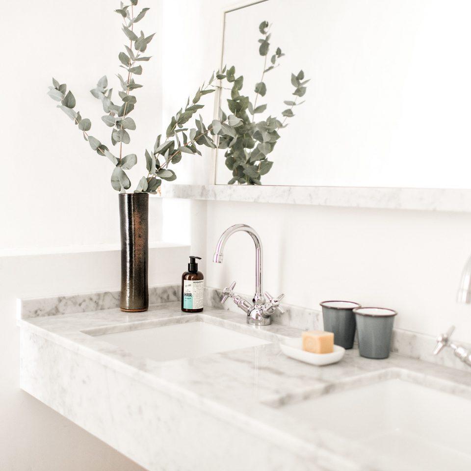 tap sink bathroom counter product design ceramic plumbing fixture bathroom sink