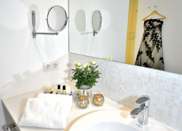 bathroom plumbing fixture sink bidet bathtub ceramic flooring