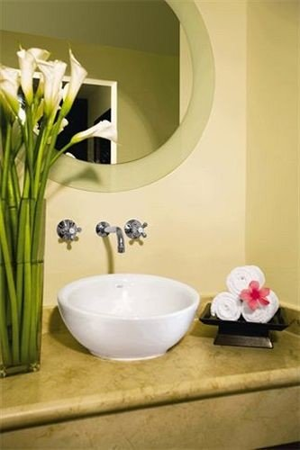 bathroom plumbing fixture bathtub bidet sink ceramic flooring