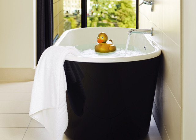 white bathroom bathtub plumbing fixture product bidet sink
