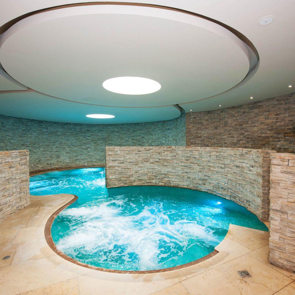 swimming pool blue jacuzzi daylighting circle bathtub bathroom