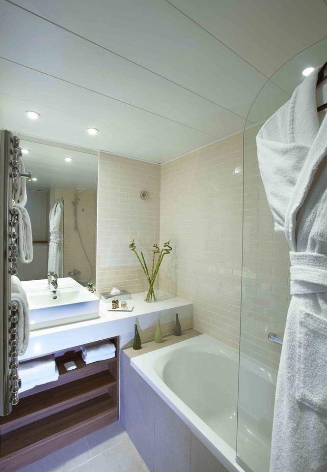 bathroom property home plumbing fixture sink bathtub toilet