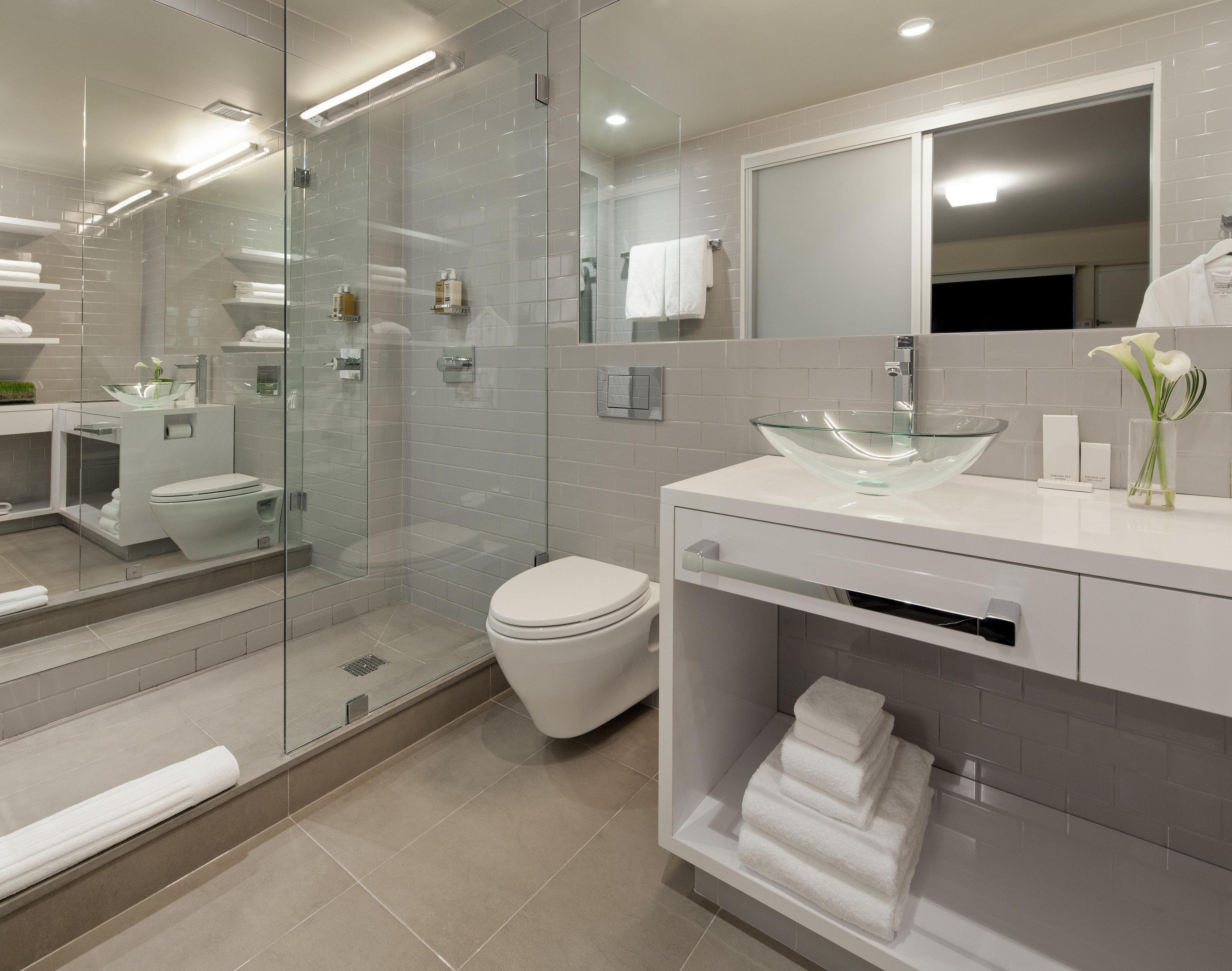 bathroom sink mirror property home flooring toilet bidet tub tile