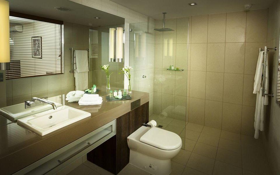 bathroom sink mirror property toilet plumbing fixture public toilet bidet tile