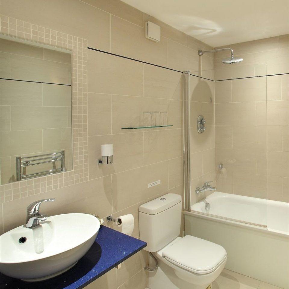 bathroom sink toilet mirror property vessel plumbing fixture public toilet bidet water basin