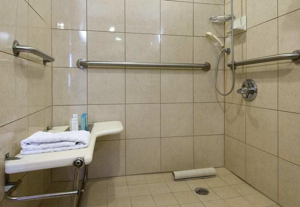 bathroom toilet property plumbing fixture bidet tiled