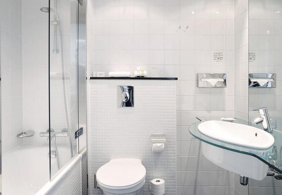 bathroom toilet sink plumbing fixture bidet vessel public toilet tile