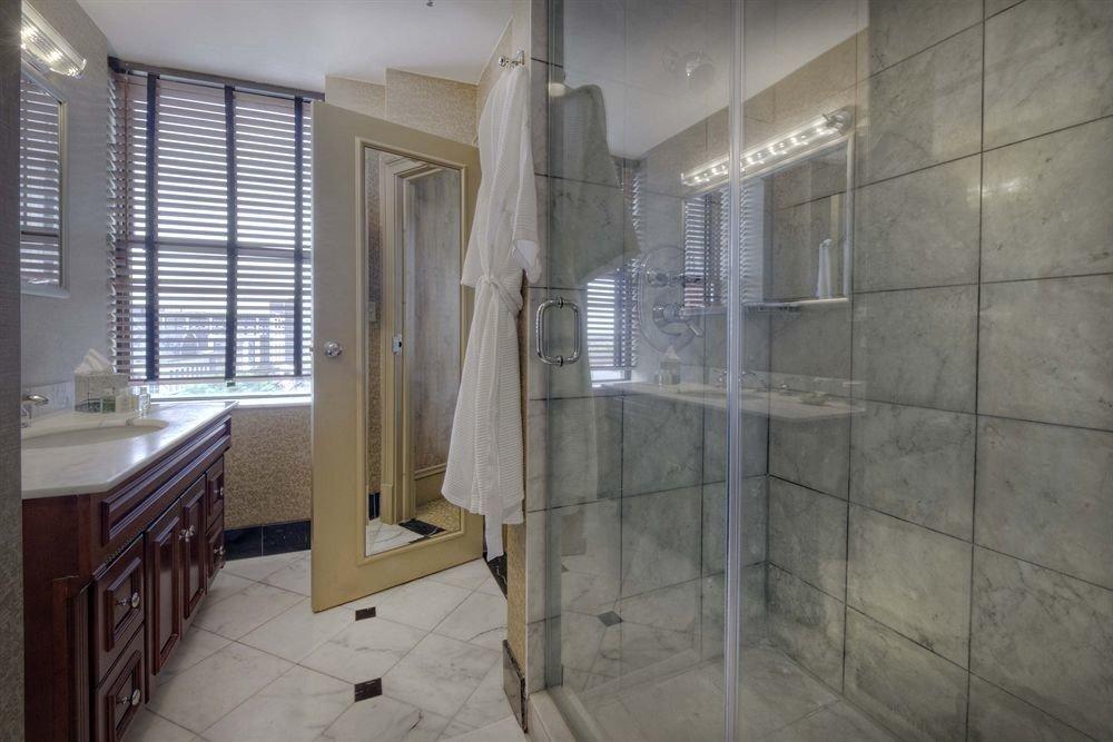 bathroom property building house home flooring tiled tile tan