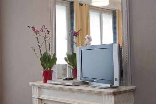 property shelf home living room cabinetry shelving bathroom cabinet