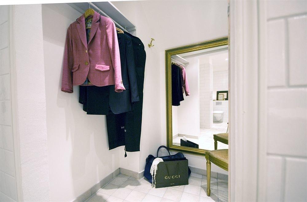 bathroom clothing